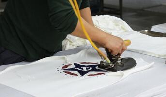 Ironing For Clothing (T-shirt)